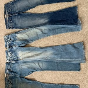 Lot of BKE Jeans.